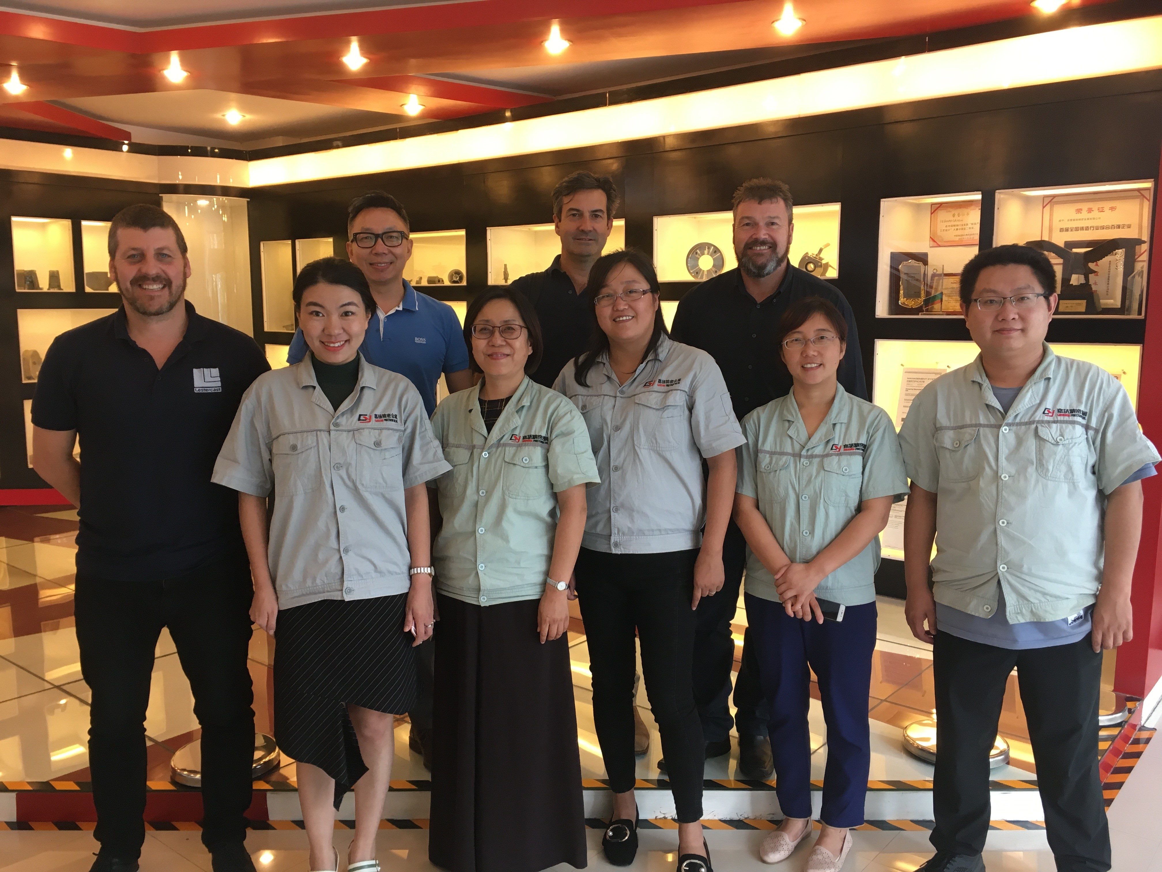 General Manager, Colin Caine and Technical & Operations Manager, Martyn Whelpton with the team in China